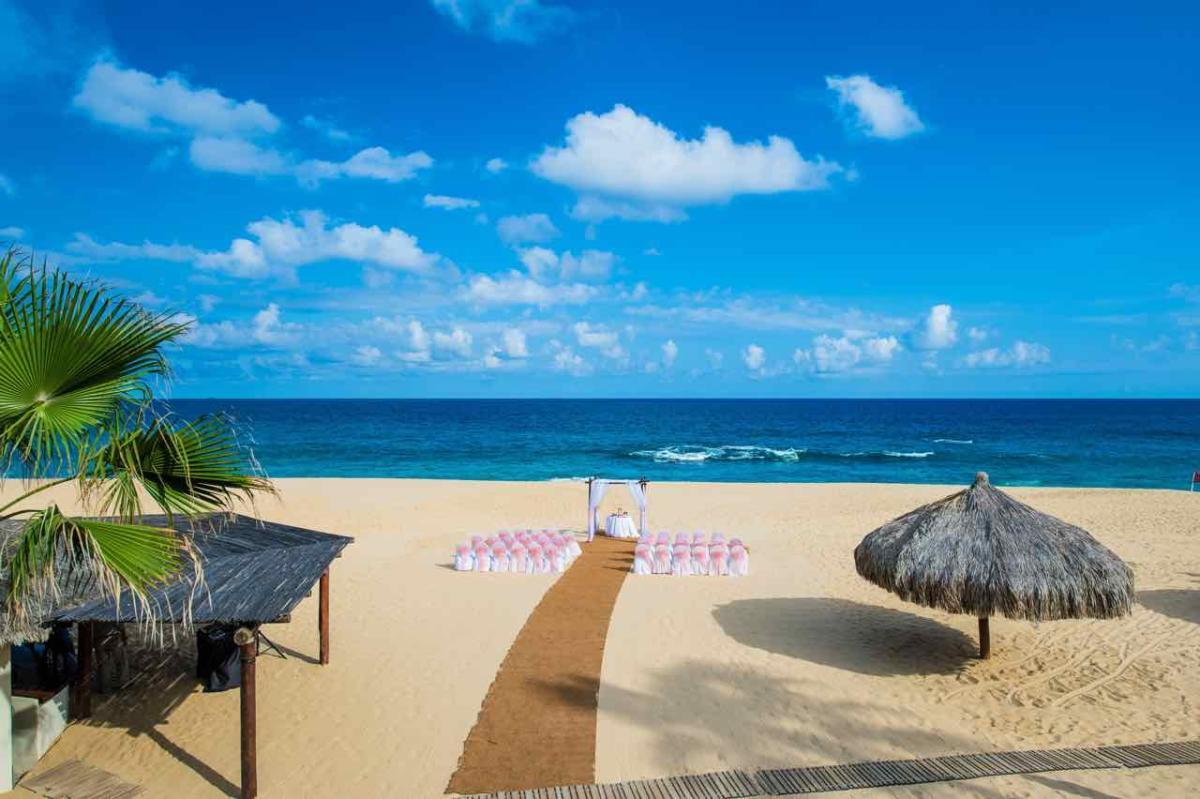infinity-weddings-resorts-sheraton-beach