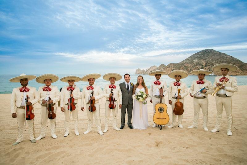infinity-weddings-venue-hacienda-cocina-mariachi